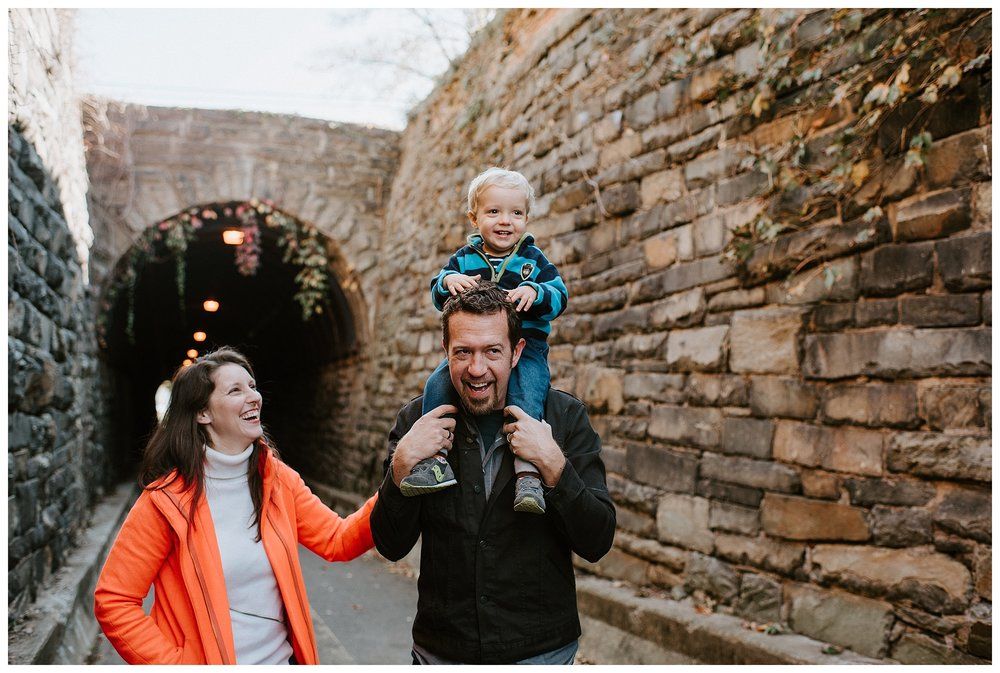 DC-VIRGINIA-FAMILY-PHOTOGRAPHER-CANDID-NATURAL-LIFESTYLE-MEGAN-GRAHAM-PHOTOGRAPHY-ALEXANDRIA-WILKES-TUNNEL_0134.jpg