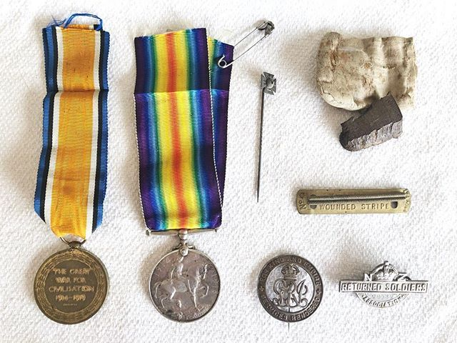 Remembering Grandad this Anzac Day. These are his medals including the wounded soldier pin from Gallipoli and the piece of shrapnel that was removed from his leg. #lestweforget #anzac
