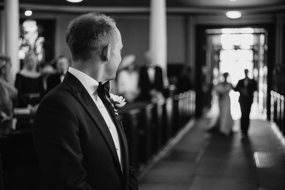 Joshua_Fray_Wedding_Photography-6_iuw9th.jpg
