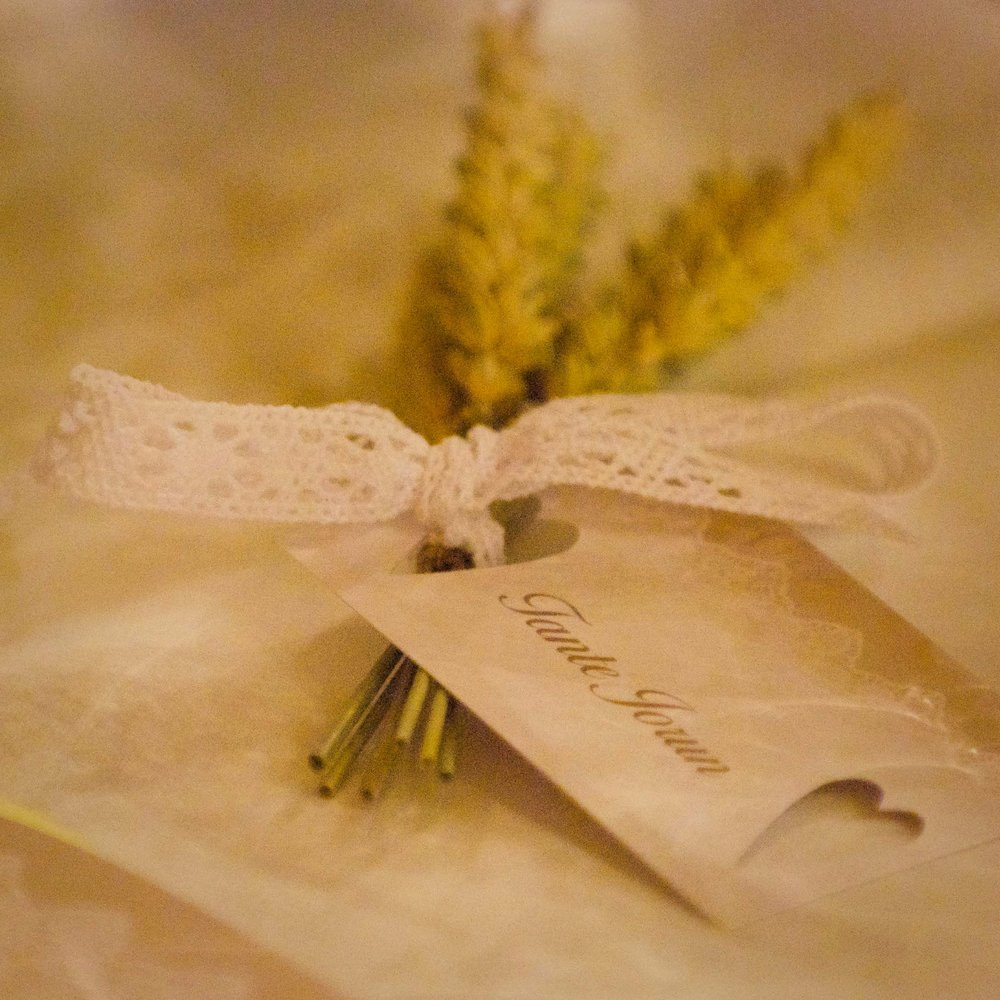 Geiteberg låve bryllup bord pynt 6.jpg
