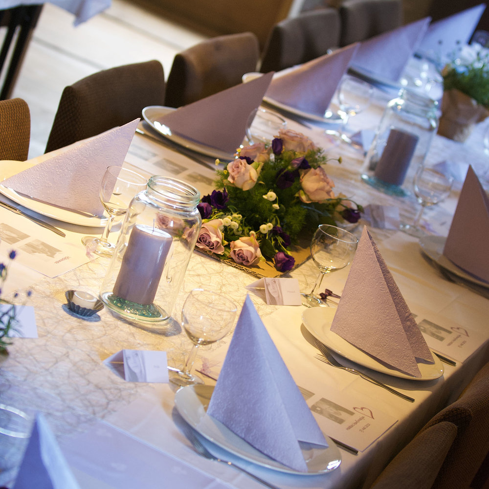 Geiteberg låve bryllup bord pynt 44.jpg