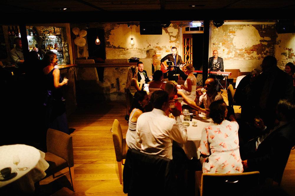 VIKfoto-Bryllup-Trine-og-Atle-0866_W.jpg