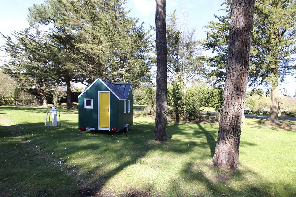 Le camping du Guen propose un cadre unique pour se familiariser avec l'habitat mobile.
