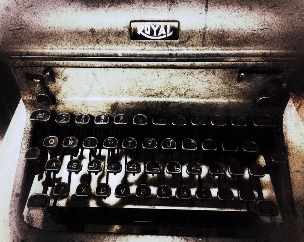 royal_typewriter copy.jpg