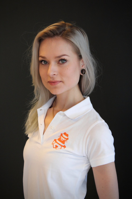 Emma - Myyjä - eläintenhoitaja - kouluttaja