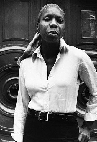 ONE OF OUR FOREVER FAVOURITES NINA SIMONE - THIS OUTFIT, THAT LOOK: IS FRANKLY GIVING US  LIFE.