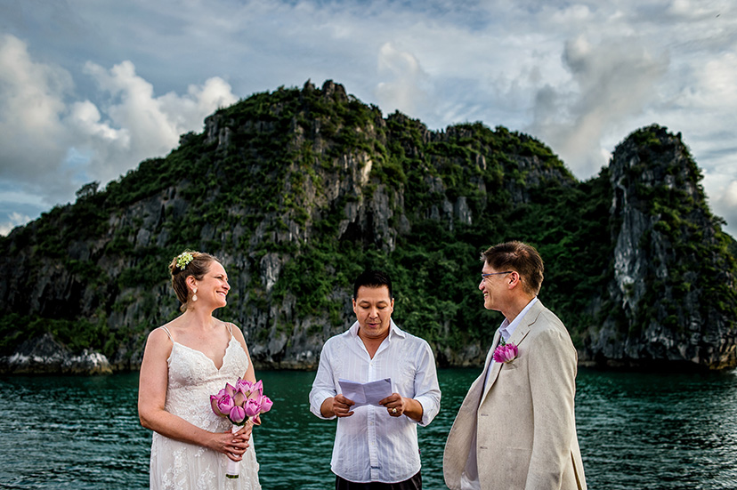 ha_long_bay_wedding_photographer_31.jpg