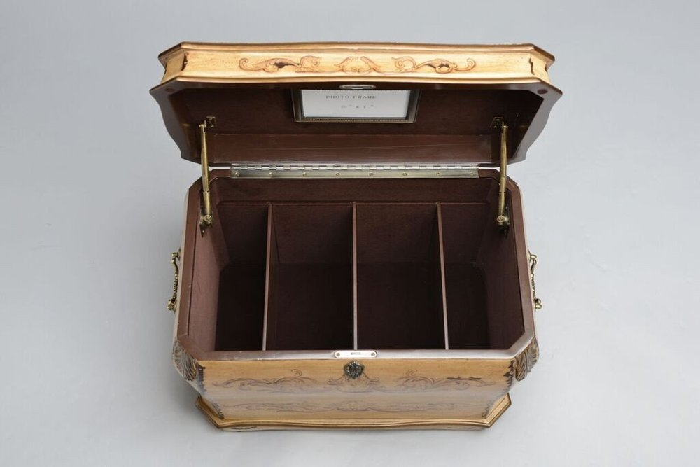 Florence_Life_Chest_Inside_Removed_Shopify_1024x1024.jpg