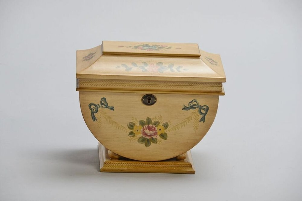 Colonial_Memory_Life_Chest_Front_Shopify_1024x1024.jpg