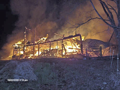 Acworth Barn Fire-0092_2986601224_o.jpg
