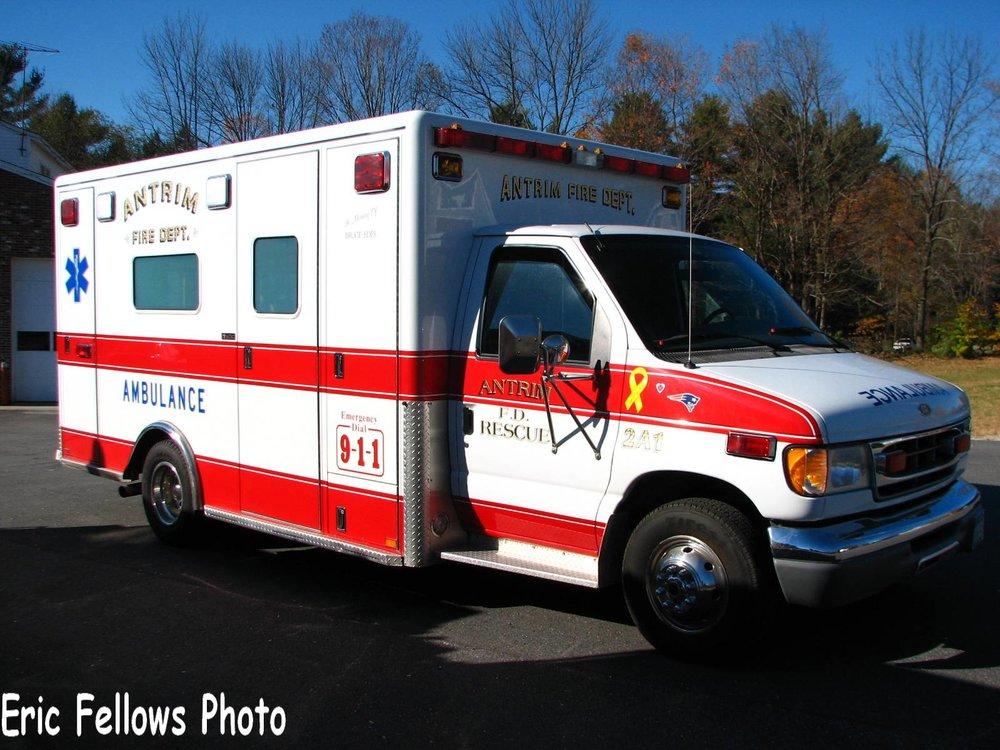 Antrim, NH 2 Ambulance 1 (2002 Ford E-450 Horton)_314078040_o.jpg
