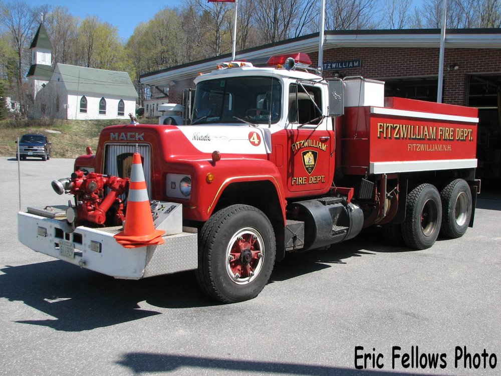 Fitzwilliam, NH 10 Tanker 1 (1978 Mack)_314012371_o.jpg