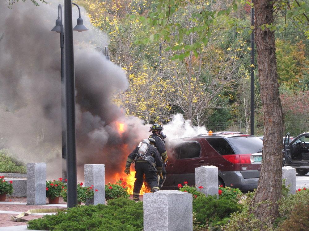 Guilford Car Fire 10109_4004332619_o.jpg
