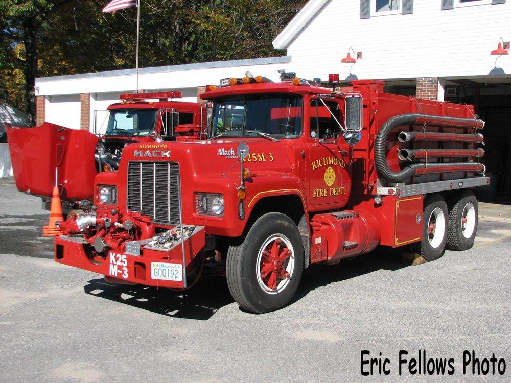 Richmond, NH 25 Engine 3 (1986 Mack)_314037307_o.jpg