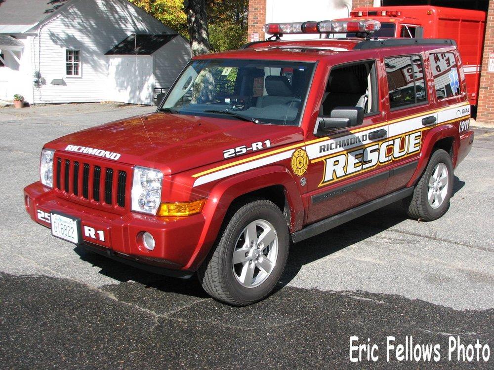 Richmond, NH 25 Rescue 1 (2006 Jeep Commander)_314037326_o.jpg