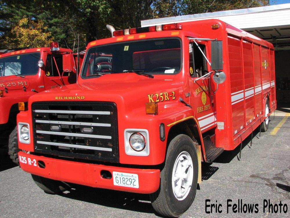 Richmond, NH 25 Rescue 2 (1988 International)_314037346_o.jpg