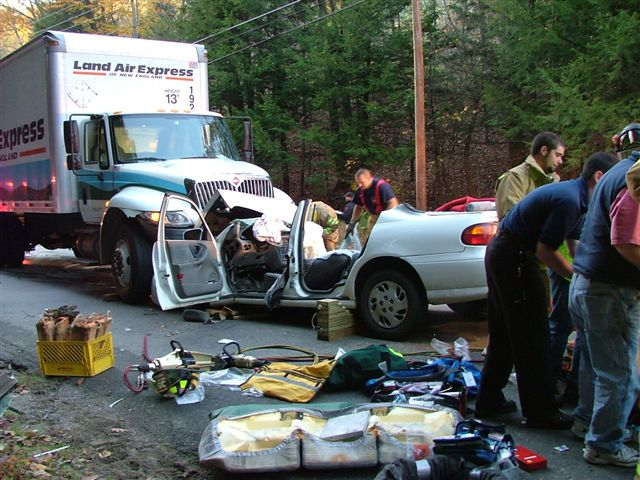 accident valley road 102507 013_1909679006_o.jpg
