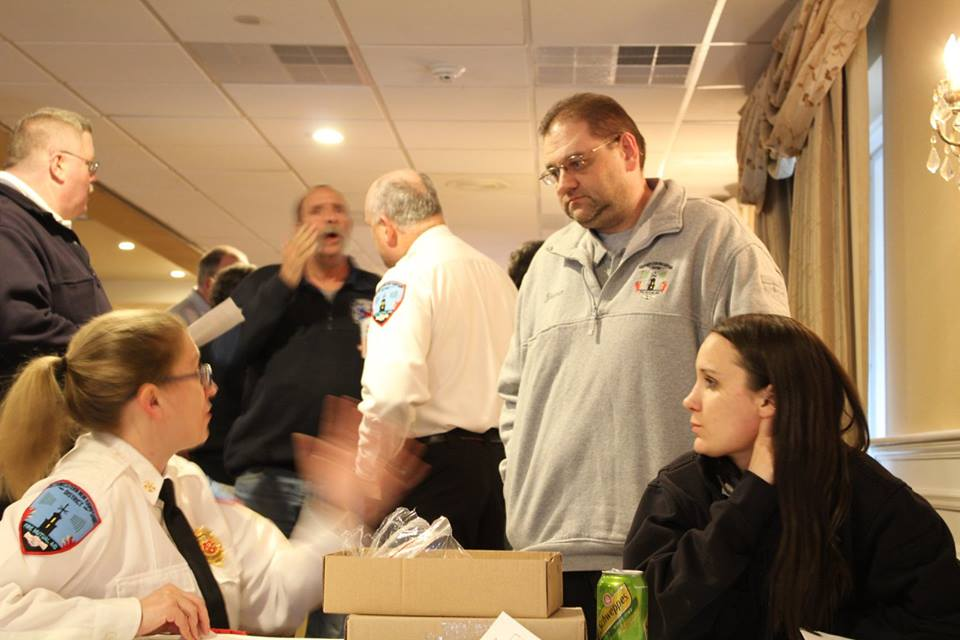 Deputy Lunderville and Dispatcher Ashton Nyre greeted guests as they arrived. Here Lt Yeatman offers stellar advice to them. 2018