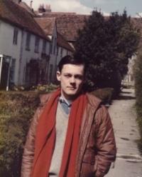 Dr Rupert Whitaker