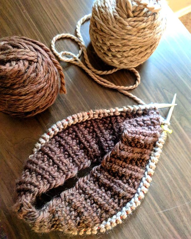 It feels so good to be writing about knitting again. On the blog today, I'm sharing a bit about the big picture resolutions for refining my craft this year. Check it out; Link in profile.