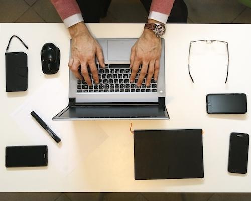 mobile hot desk.jpg