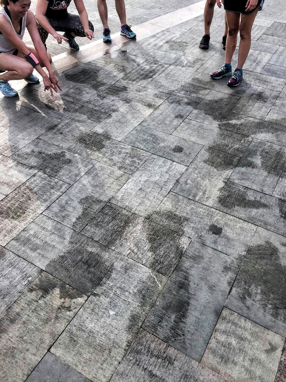 The 'Empty Streets' running crew leaving their mark!