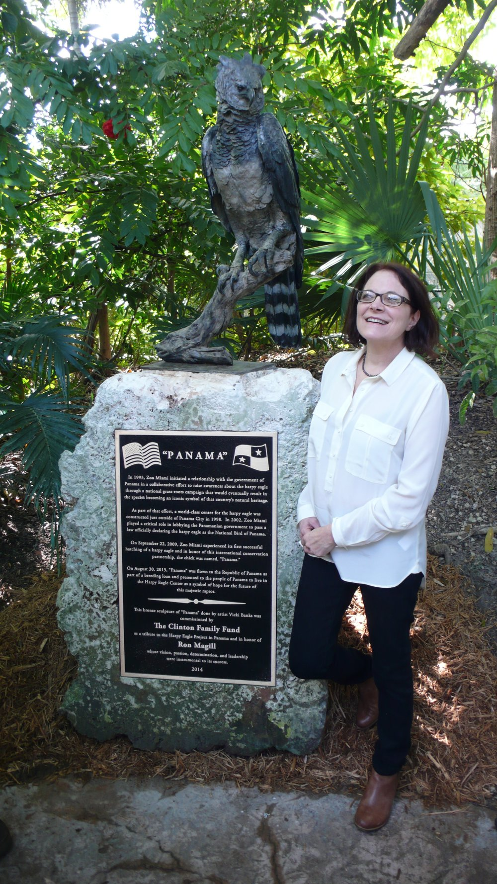 PANAMA - Vicki Banks was commissioned to sculpt a life-sized harpy eagle for installation at Zoo Miami in 2014. The sculpture is a tribute to the Zoo's involvement in the Harpy Eagle Project in Panama, as well as to conservationist Ron Magill who championed the effort.Plaque Text: