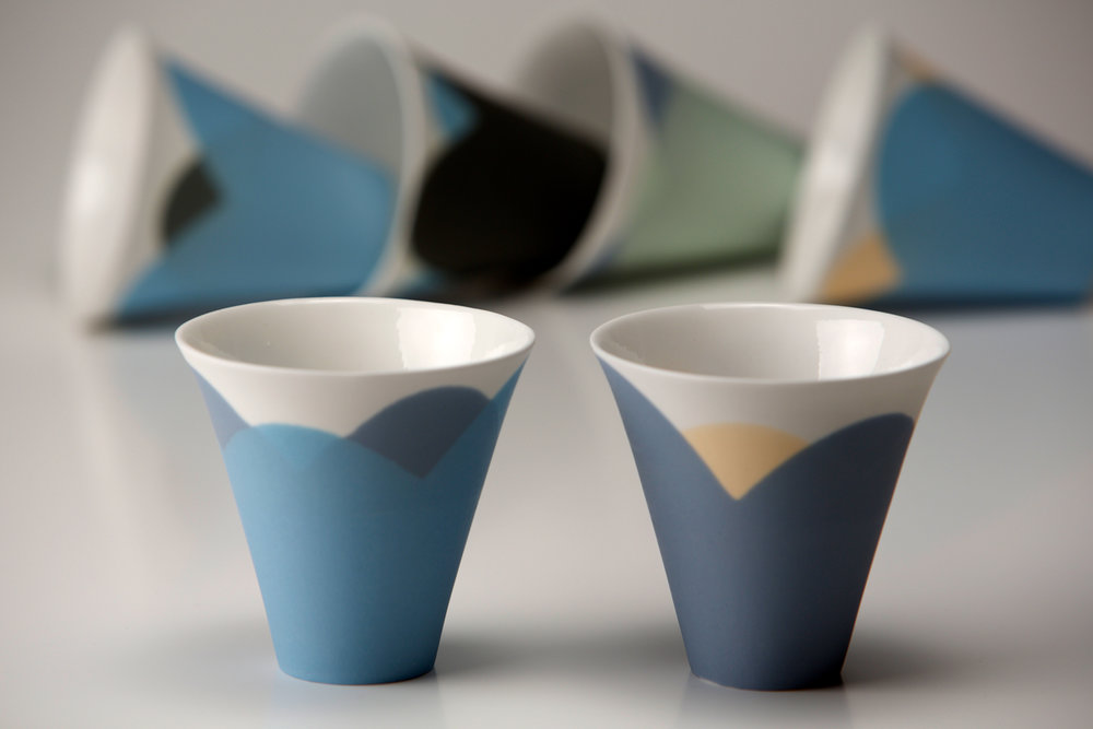 Small 'Tide' espresso cups - 7 cm h