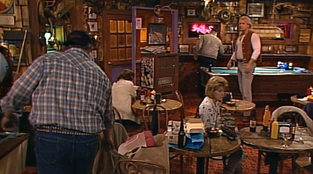 We forgot to bring this up during the show, but really excellent blocking when Dan circles away from Bobo, taking a long walk around the now-empty bar, and they keep the same distance from each other as Dan leaves.