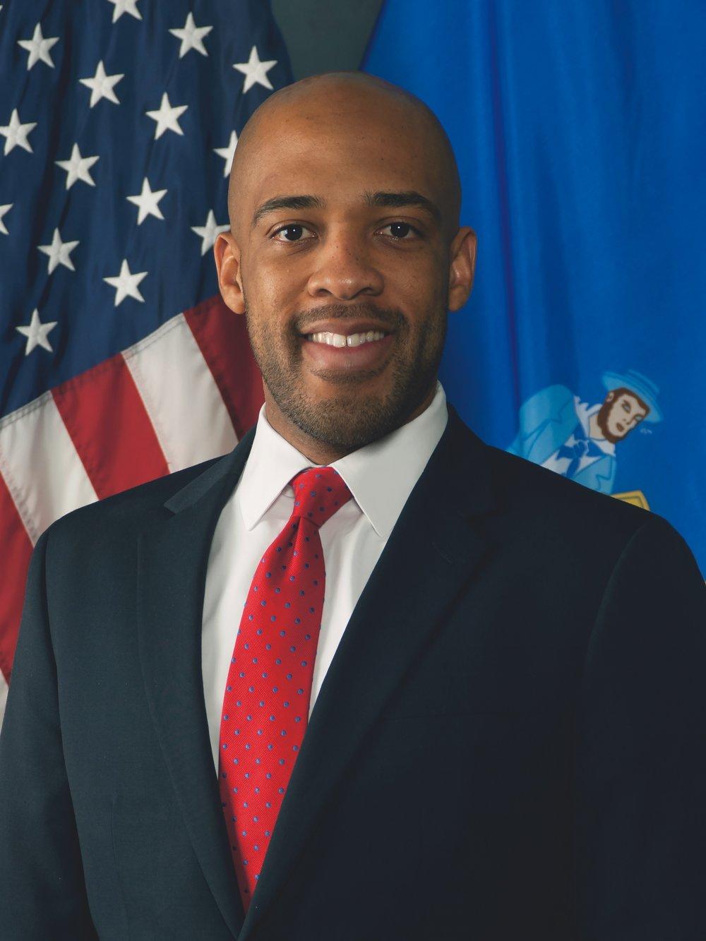 Lieutenant-Governor-Barnes-Official-Portrait.jpg
