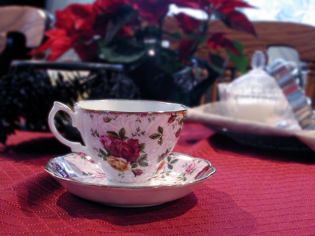 cup-of-tea-1520233-638x478.jpg
