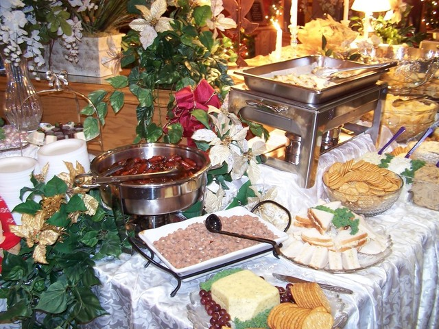 holiday-banquet-1443719-640x480.jpg