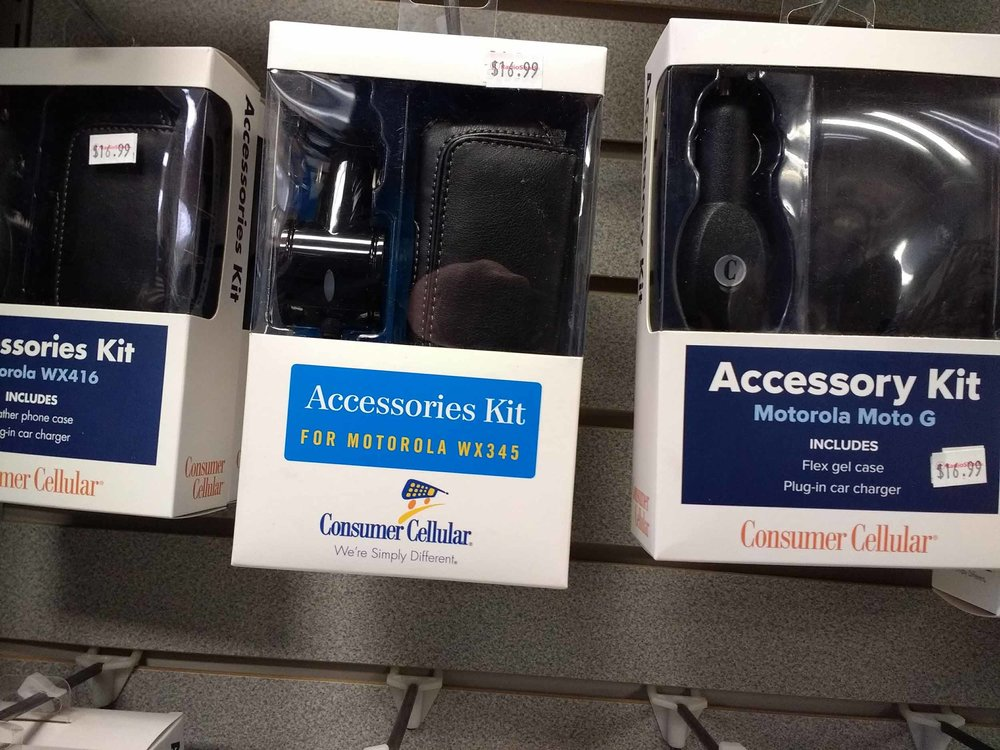Smartphone accessory kits help you get the most from your cell phone.