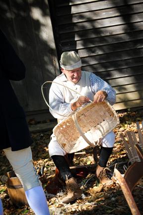 Finishing a Rectangular Basket