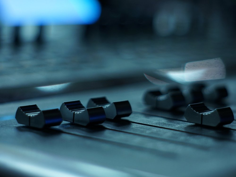 Introduction to Mixing - Follow the stages of the professional mixing process and understand how each contributes to a finished mix.