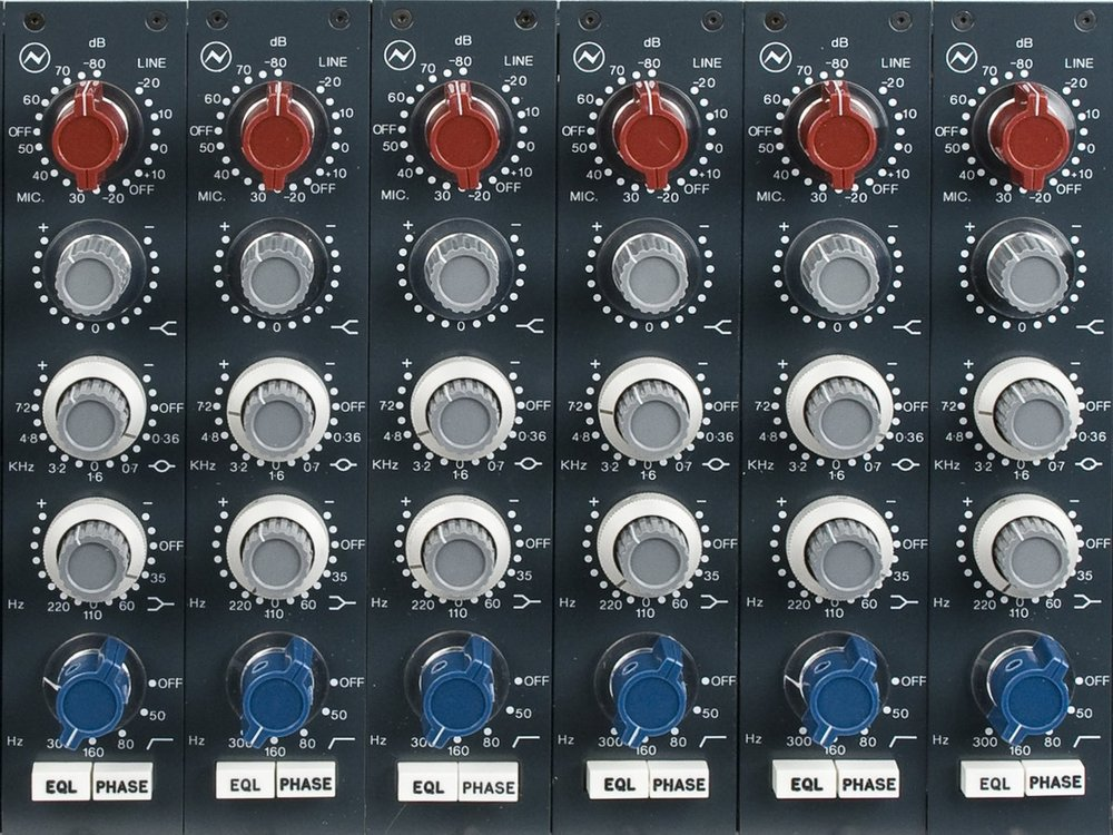 Advanced Equalization - Choose the best vintage equalizer and fix any frequency issue with confidence.