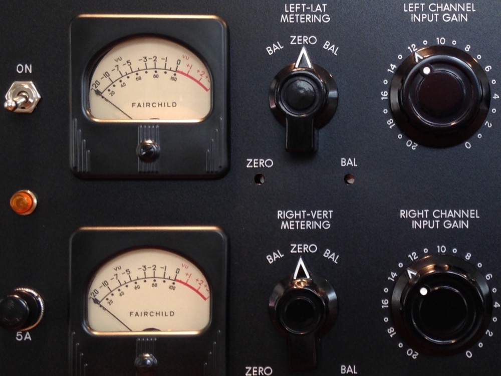 Mastering Compression - Employ master bus compression, multiband compression and parallel compression to add punch and girth to your master.
