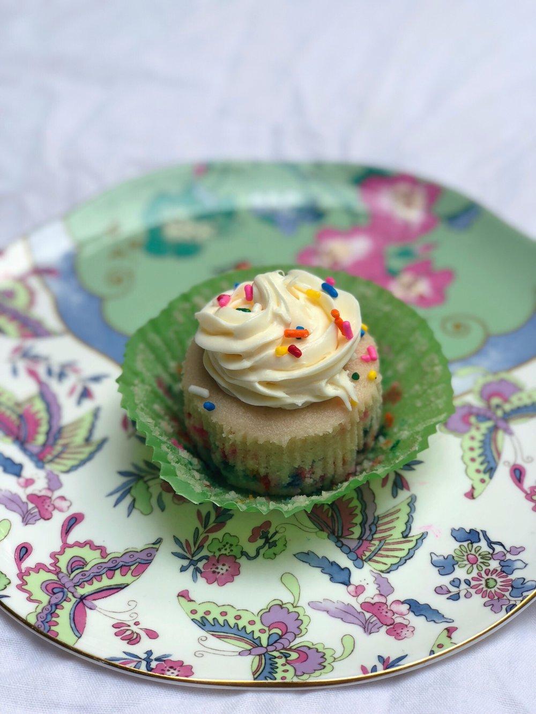 vegan cupcakes.JPG