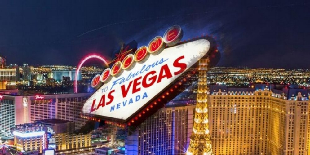LAS VEGAS  90 Min - 800                                                                  2.5 Hour - 1300                                                                 3 Hour - 1600  5 Hour -  2000                                                                      14 Hours - 4,000  24 Hours - 6,000  48 Hours - 10,000                                                                                 PLEASE NOTE:     ** After 8pm: ADD +150  ** Weekend Booking: ADD +150  * After 4 hours, each additional hour +500