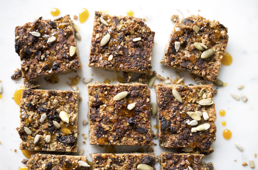 sunflower seed -honey granola bars by Alavita