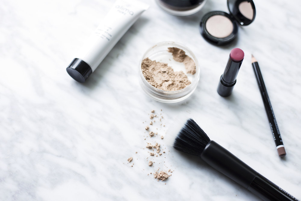Natural make up to eliminate endocrine disruptors