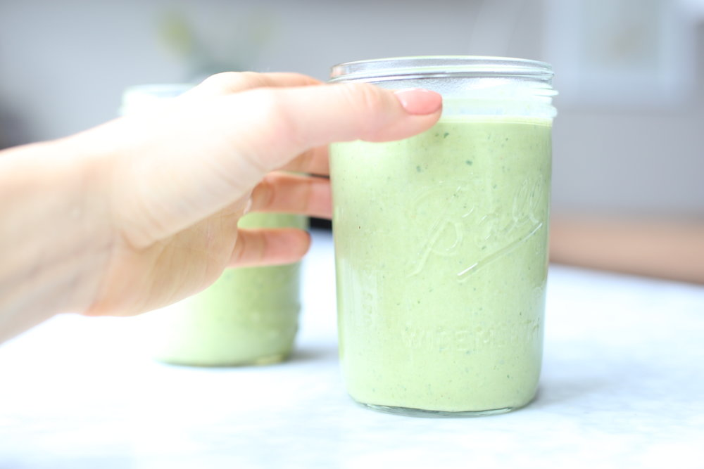 Maca Fertility Green Smoothie Recipe for Pregnancy