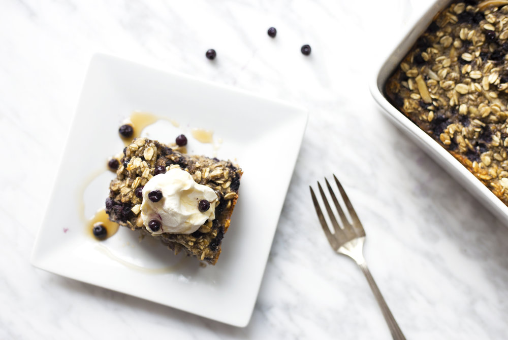 Gluten Free Baked Oats and Blueberries High in Protein for pregnancy