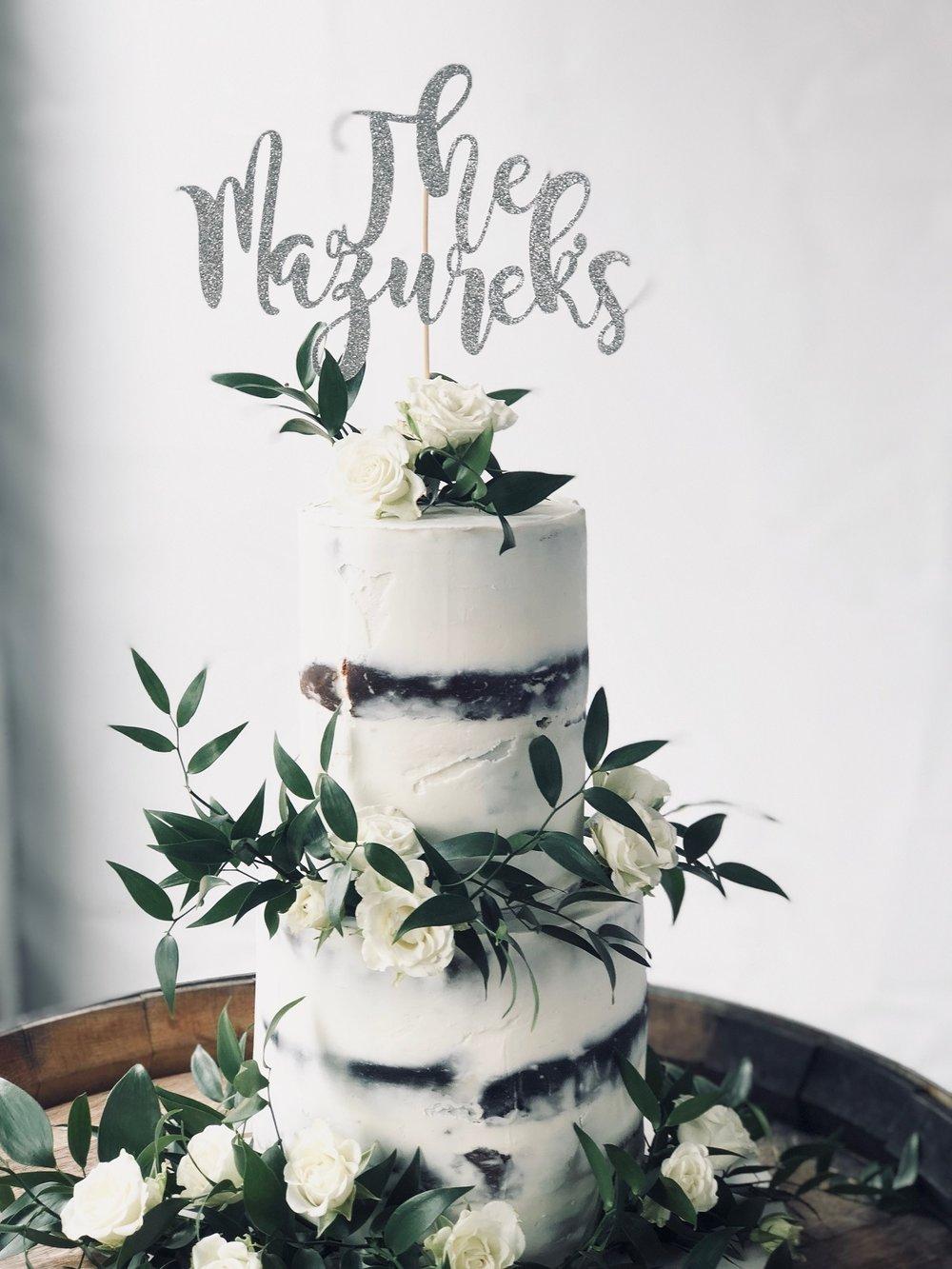 Elegant cake flowers.JPG