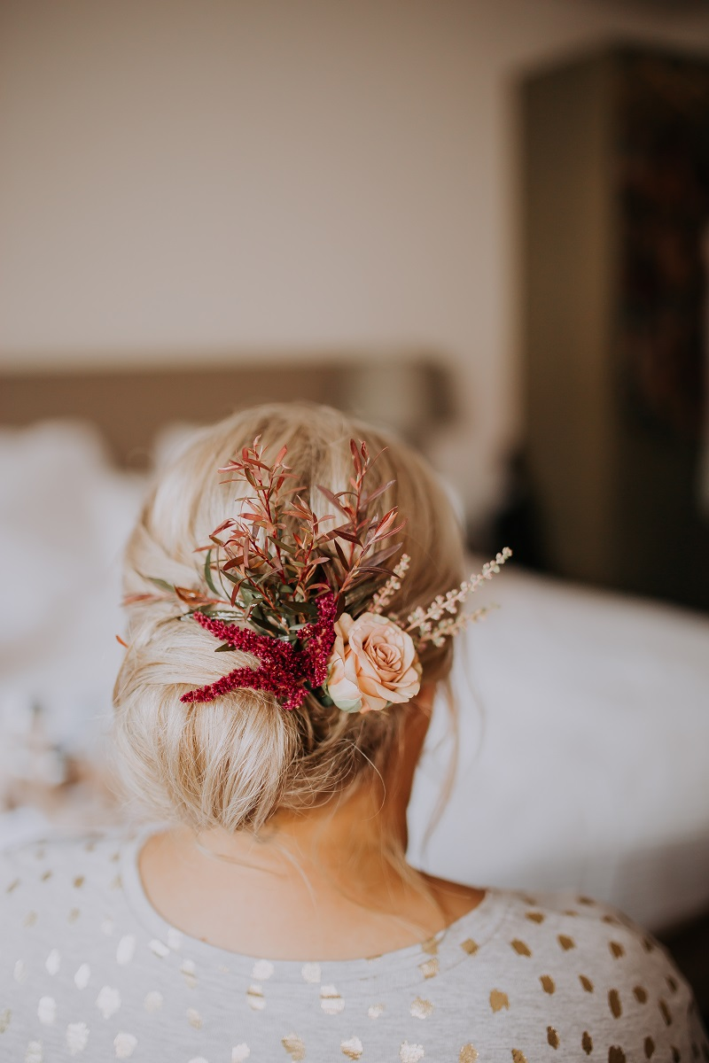 Melissa & Brian hairflowers.jpg