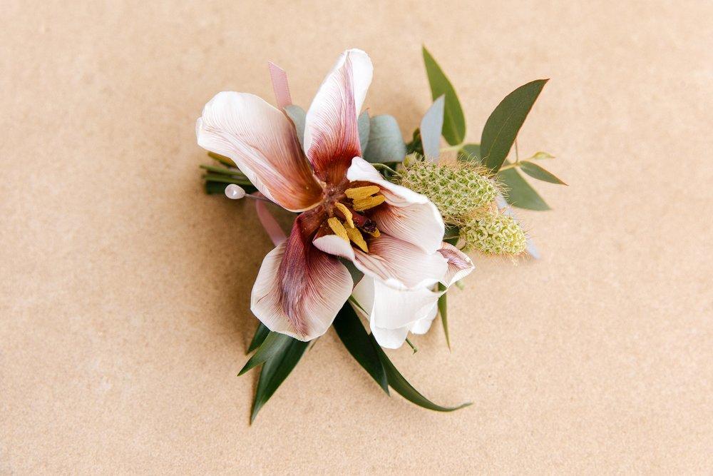 Blush and white buttonhole.jpg