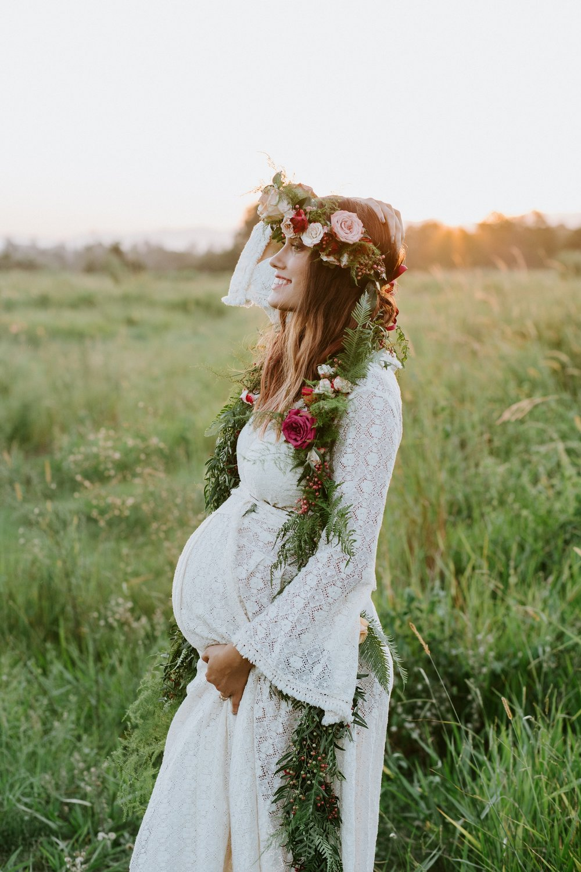 Boho maternity shoot.jpg