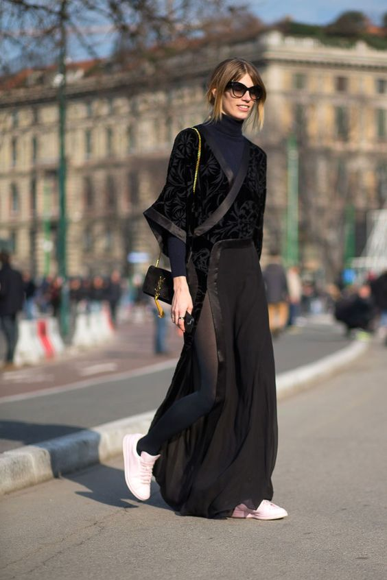 10. BLACK MAXI DRESS