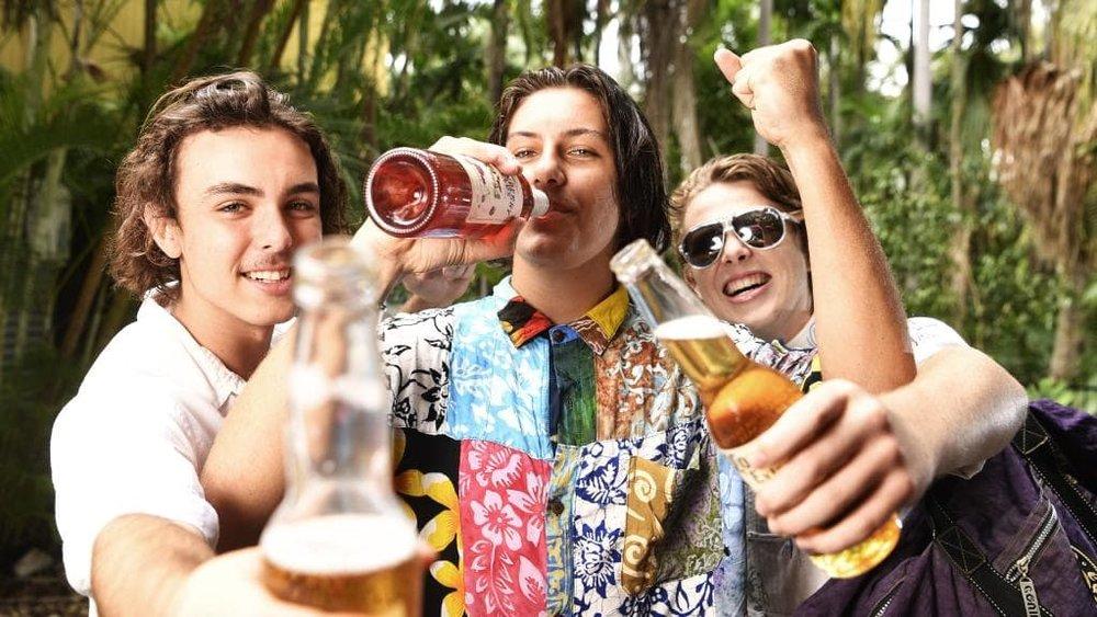 schoolies boys.jpg