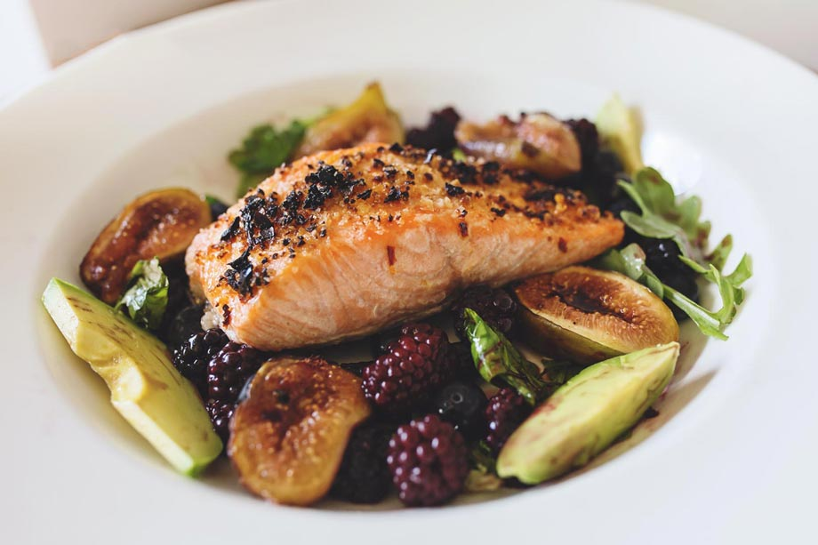 fig and salmon salad